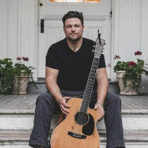 Thursday Aug 26 Ian Flanigan (from the Voice)