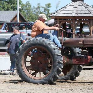 Sunday Tractor Pull Main Stage 10:30AM